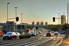 Verkeer op straat van Belgrado, Servië Royalty-vrije Stock Foto's