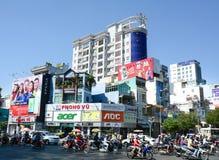 Verkeer in Saigon (Ho Chi Minh City), Vietnam royalty-vrije stock afbeeldingen
