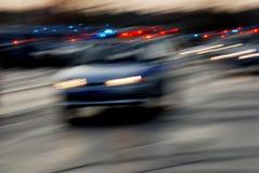 Verkeer van auto's op de nachtweg Stock Fotografie
