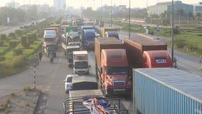 Verkeerscongestie door ongevallen stock videobeelden