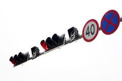 Verkeerslicht en verkeersteken Stock Foto's