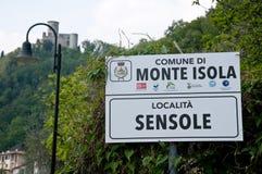 Verkeersteken die op de stad van Sensole in de gemeente wijzen van Royalty-vrije Stock Afbeelding