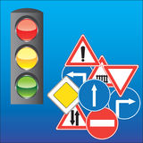 Verkeersteken en verkeerslicht Stock Foto