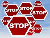 Verkeersteken met eindewoord Stock Foto's