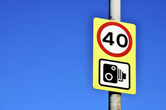 Verkeersteken op de de stadsweg van Birmingham Stock Foto's