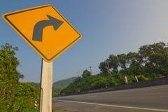 Verkeersteken op een weg Stock Afbeelding