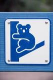 Verkeersteken, voorzichtigheidskoala's Stock Afbeelding