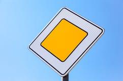 Verkeerstekenhoofdweg Royalty-vrije Stock Afbeeldingen