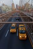 Verkehr auf Brooklyn-Brücke Lizenzfreie Stockfotos