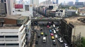 Verkehr auf den Straßen von Bangkok stock footage