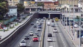 Verkehr auf der Autobahn in Kiew stock video footage