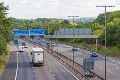 Verkehr auf der britischen Autobahn M5: West Bromwich, Birmingham, Großbritannien stockbild