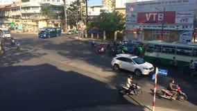 Verkehr auf der Straße von Ho Chi Minh City stock footage
