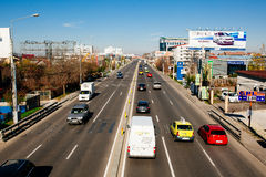 Verkehr auf DNI, Rumänien lizenzfreies stockbild