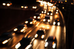 Verkehr auf Landstraße lizenzfreie stockfotografie