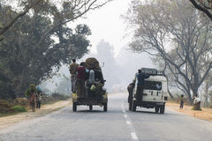 Verkehr auf Straßen von Indien Lizenzfreie Stockfotografie