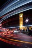 Verkehr beim Big Ben stockfotografie