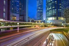 Verkehr in Bewegung nachts Stockbilder