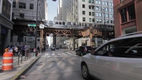 Verkehr in Chicago-` s im Stadtzentrum gelegenem hd stock footage
