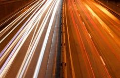 Verkehr in der Stadt stockbilder