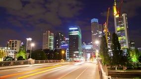 Verkehr in die Stadt stock video