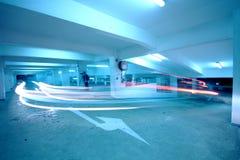 Verkehr im Parkplatz lizenzfreies stockfoto
