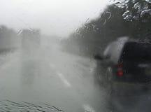 Verkehr im Regen Lizenzfreies Stockbild