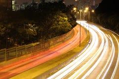 Verkehr nachts lizenzfreie stockfotografie