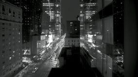 Verkehr nachts auf 8. Allee stock video footage
