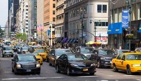 Verkehr in New York City Stockbilder