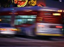 Verkehr, unscharfe Bewegung stockbilder