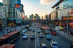 Verkehrsreiche Straße Stockbilder