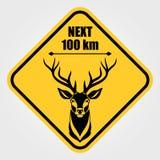 Verkehrsschild - Aufmerksamkeits-Tier, wilde Rotwild-Überfahrt Auch im corel abgehobenen Betrag lizenzfreie abbildung