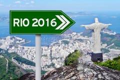 Verkehrsschild in Richtung zum Rio 2016 Stockbild
