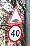 Verkehrsschilder 40 lizenzfreie stockfotos