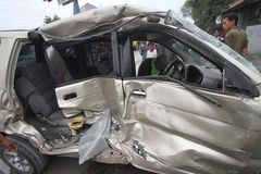 Verkehrsunfälle wegen der Fahrernachlässigkeit Stockbilder