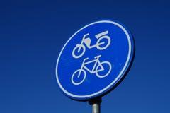 Verkehrszeichen für Fahrrad und Moped Lizenzfreies Stockbild