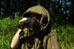 Verkenner in bos Stock Foto's