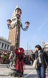 Verkleidete Person - Venedig-Karneval 2012 Stockbilder