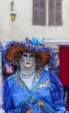 Verkleidete Person - venetianischer Karneval 2013 Annecys Lizenzfreie Stockfotos