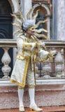 Verkleideter Mann - Venedig-Karneval 2014 Lizenzfreie Stockfotos