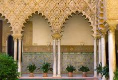 Verklig Alcazar (den kungliga slotten), Sevilla, Spanien royaltyfri foto