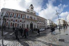 Verklig Casa de Correos i Puerta del Sol Madrid mars 11th, 2018 Royaltyfri Fotografi