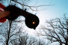 Verklig sol- förmörkelse på mars 20, 2015 moon Royaltyfria Bilder