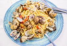 Verklig spagettiallevongole i Naples, Italien Royaltyfri Fotografi
