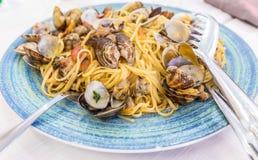 Verklig spagettiallevongole i Naples, Italien Royaltyfria Bilder