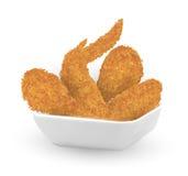 Verklig stekt kyckling 3d i en bunke på vit bakgrund vektor illustrationer