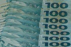 100 verkliga pengaranmärkningar från Brasilien Arkivfoton