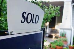 Verkocht huis Stock Foto
