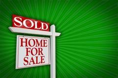 Verkocht Huis voor het Teken van de Verkoop, Uitbarsting royalty-vrije stock afbeelding